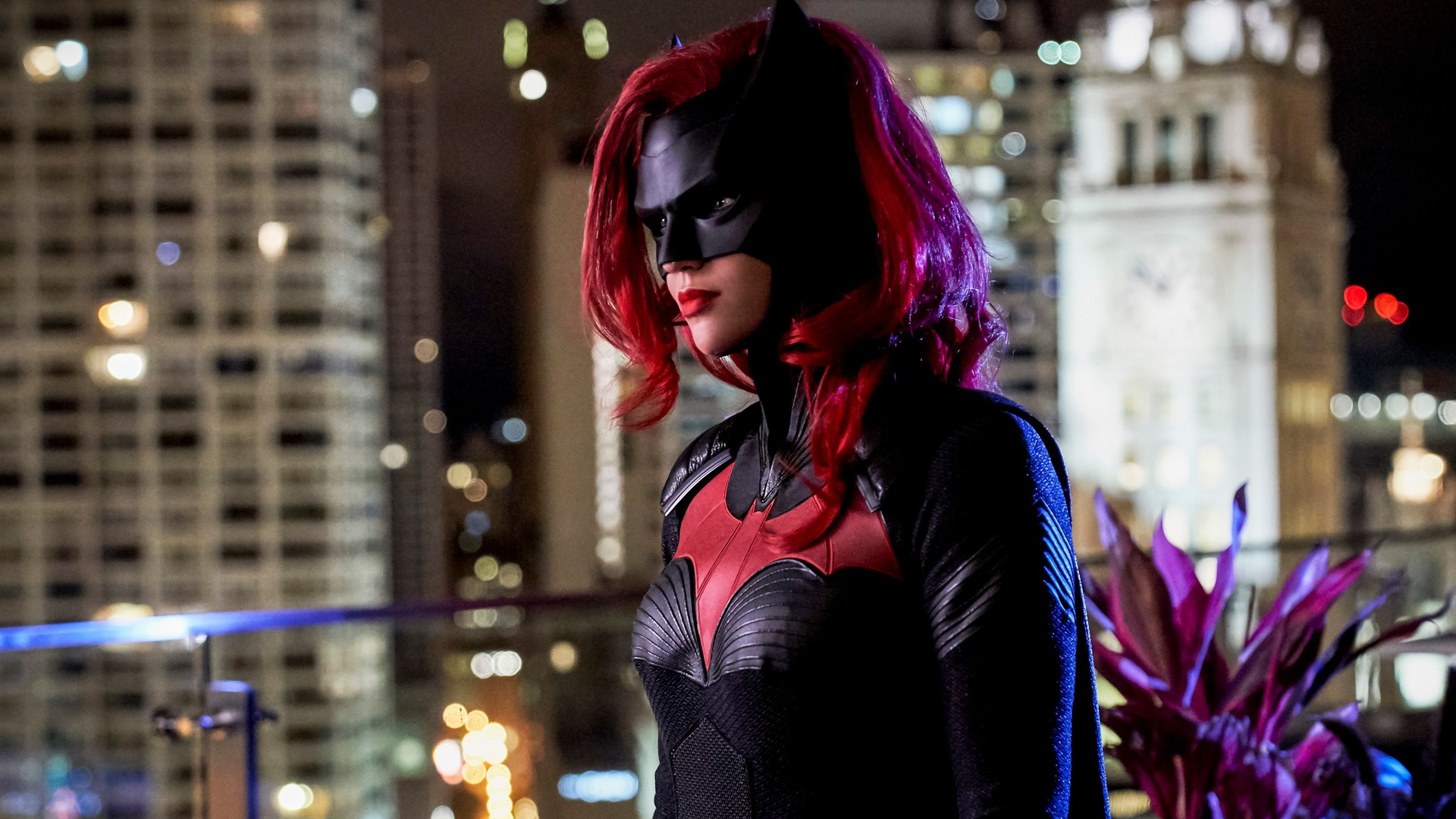 Ruby Rose Exits The CW's 'Batwoman' After 1 Season – Rogue Rocket